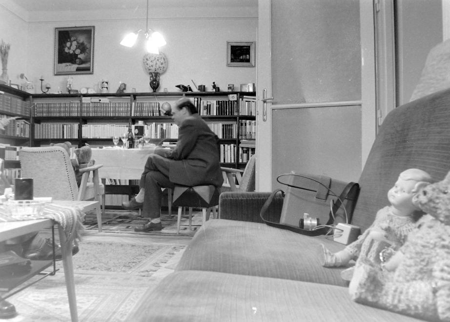 1975 - A kanapé, ami minden lakásban ott volt