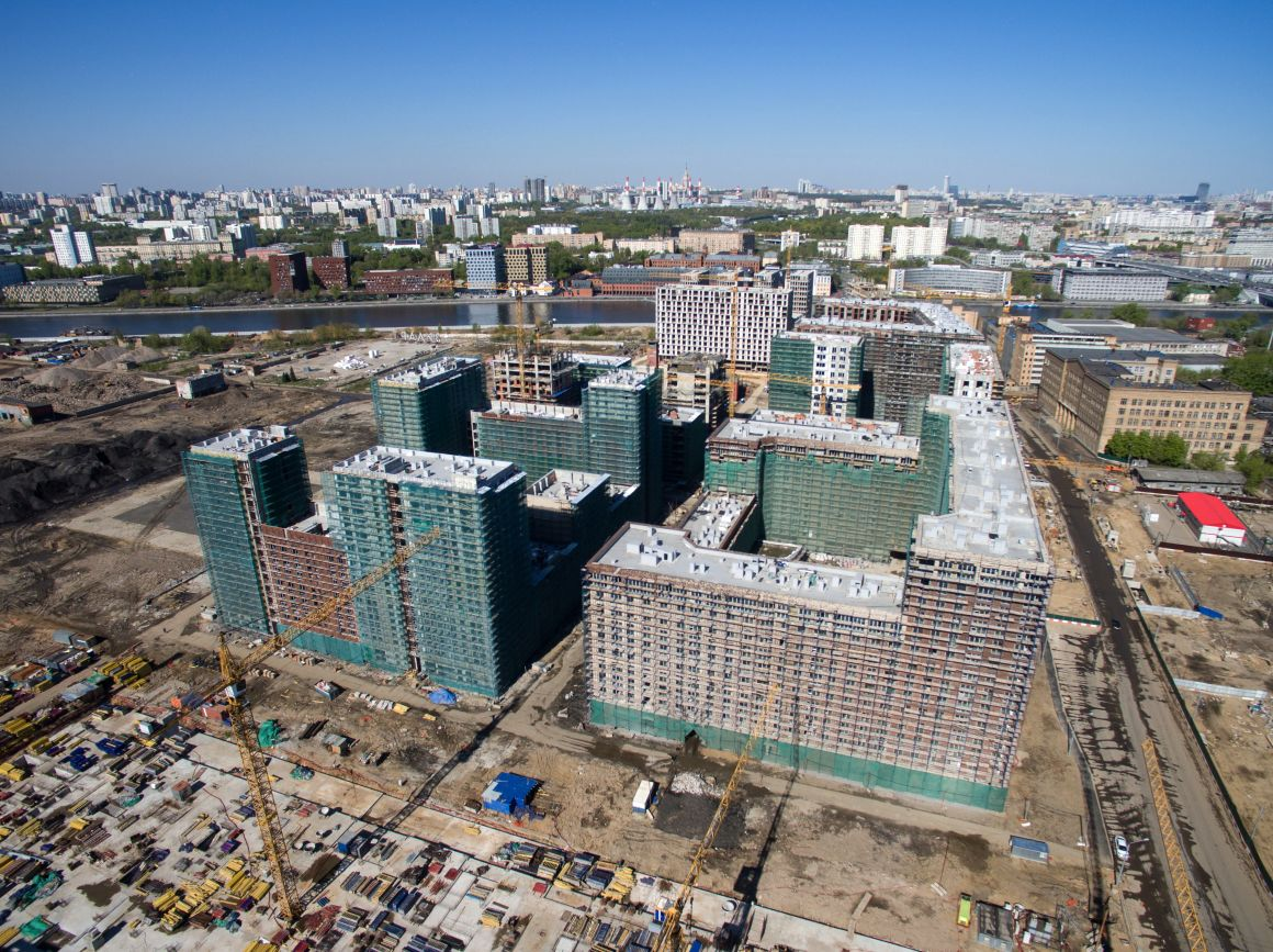 Épülő lakóházkomplexum a Lihacsov Autógyár (ZIL) korábbi területén. Fotó: Iliya Pitalev/Szputnyik