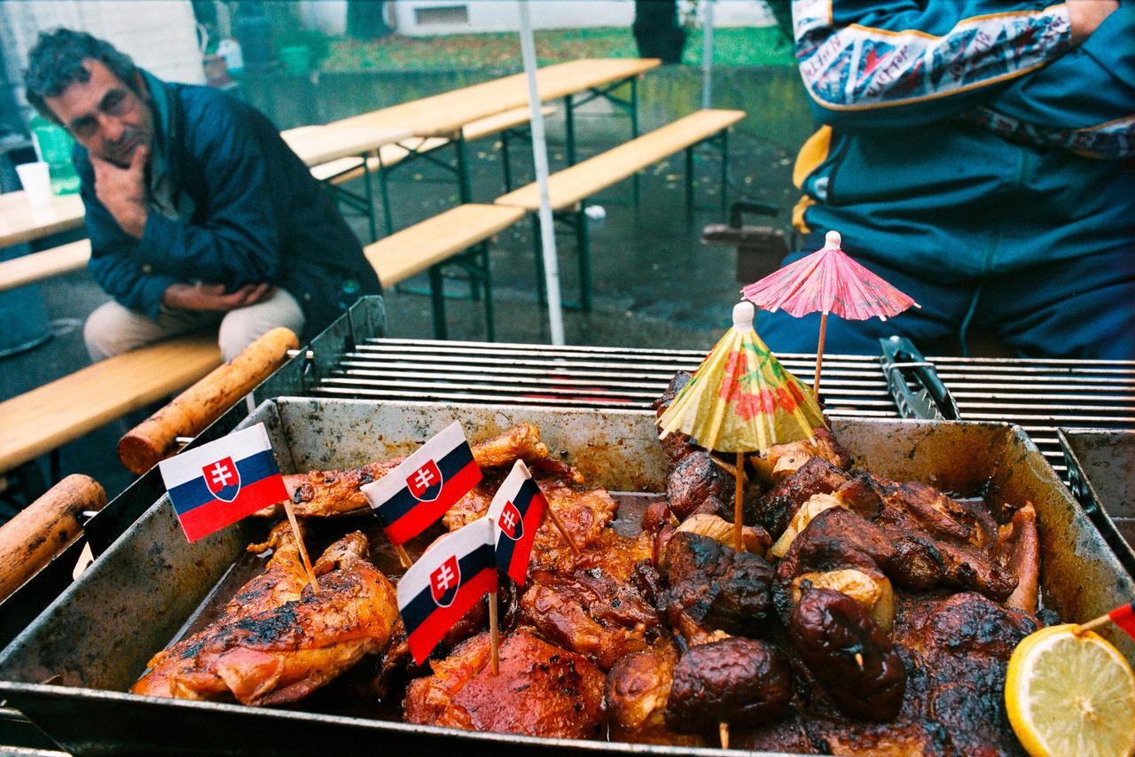 Nemzeti érzelmű grill Nagykapuson (Fotó: Andrej Balco)