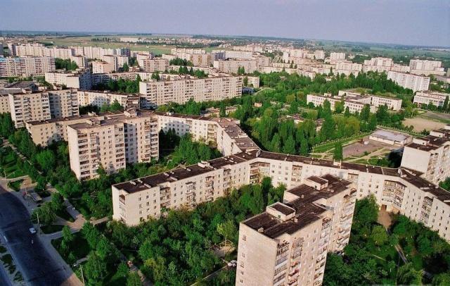 A világ leghosszabb lakóháza - természetesen panel